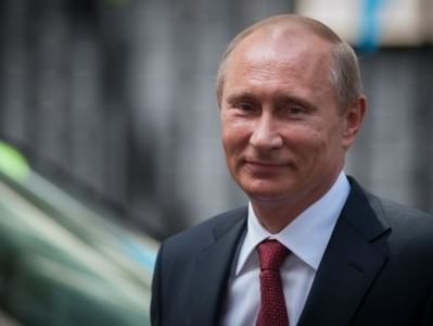 Putinə `Happy Birthday` oxudular - VİDEO