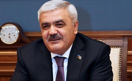 """Rövnəq Abdullayev: """"Ancaq """"istefa"""" deyirlər"""""""