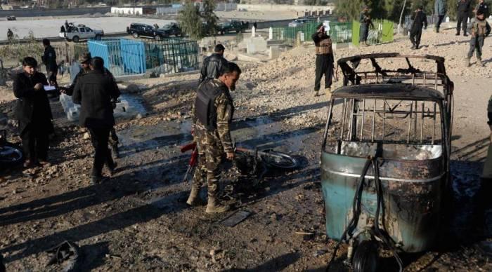 Nouveau bilan de 13 policiers morts après un attentat-suicide à Kaboul