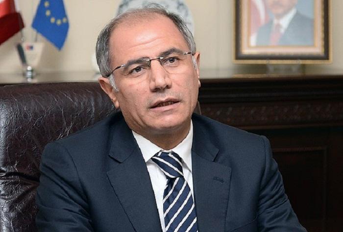 Turquie le ministre de l int rieur for Le ministre de l interieur
