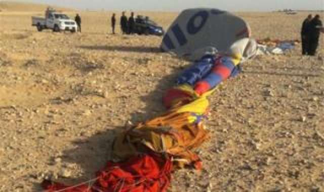 Balloon crash at Egyptian city of Luxor kills tourist