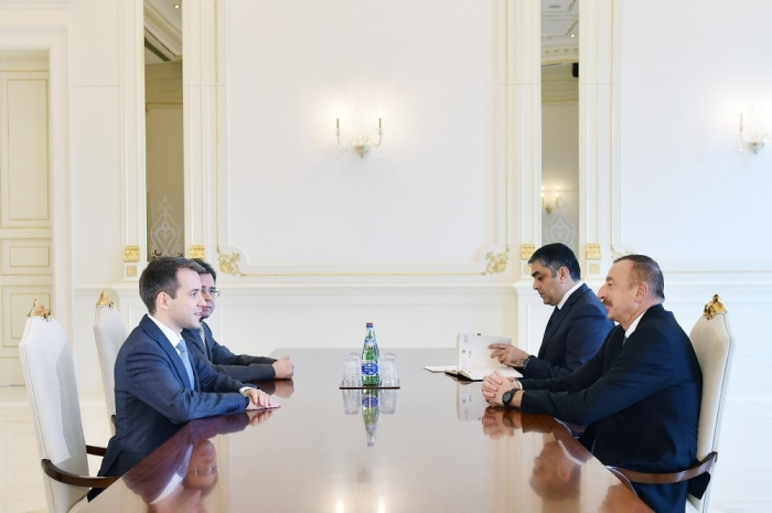 President Ilham Aliyev received Russian minister of telecom and mass communications