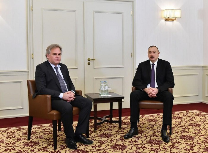 Ilham Aliyev meets Kaspersky Lab CEO in Munich