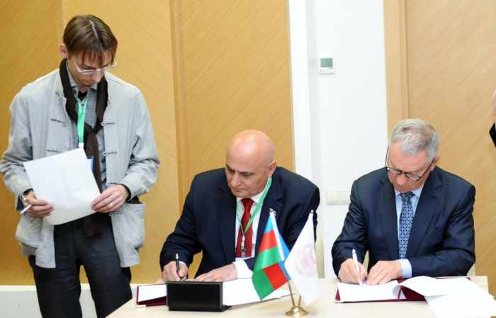 ANAS signs memorandums of intent with Russian and Turkish research centers