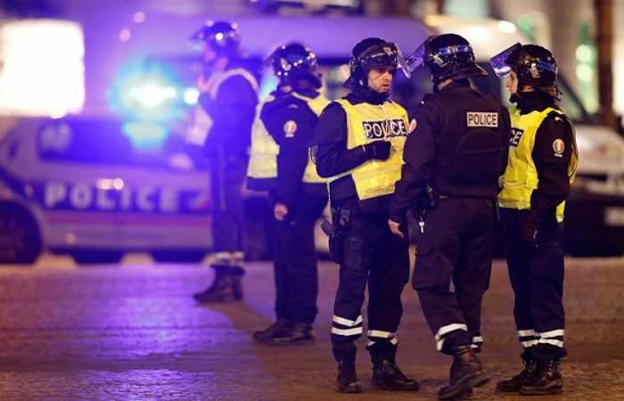 Schießerei in Paris: Zweiter Angreifer vermutlich geflüchtet