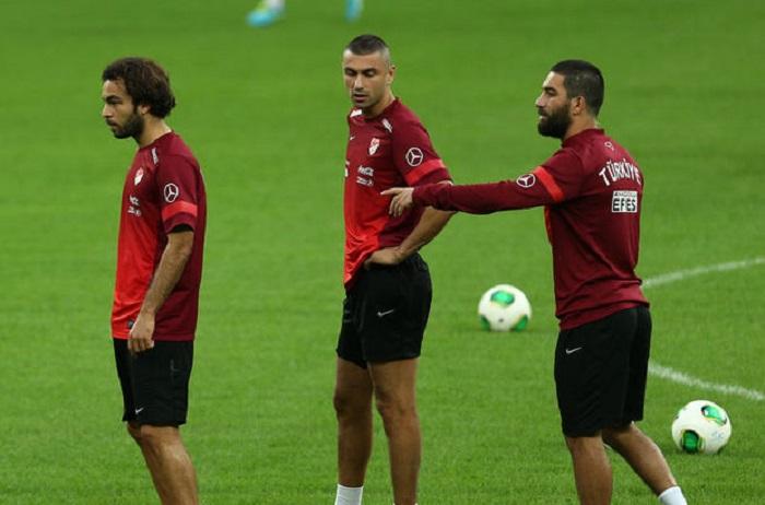 Arda Turan futbol klubu alır