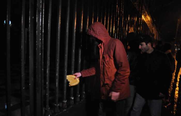 "Protestors throw bread at Presidential Palace over death of  ""Artur – Bread Bringer"" - PHOTOS"