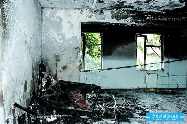 71 yaşlı qadın evdə yanaraq ölüb