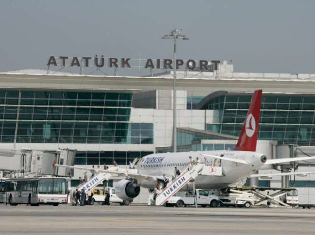 Four injured in accident at Istanbul Ataturk Airport