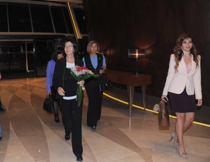 La présidente de l'AP de l'OSCE est arrivée en Azerbaïdjan - PHOTOS