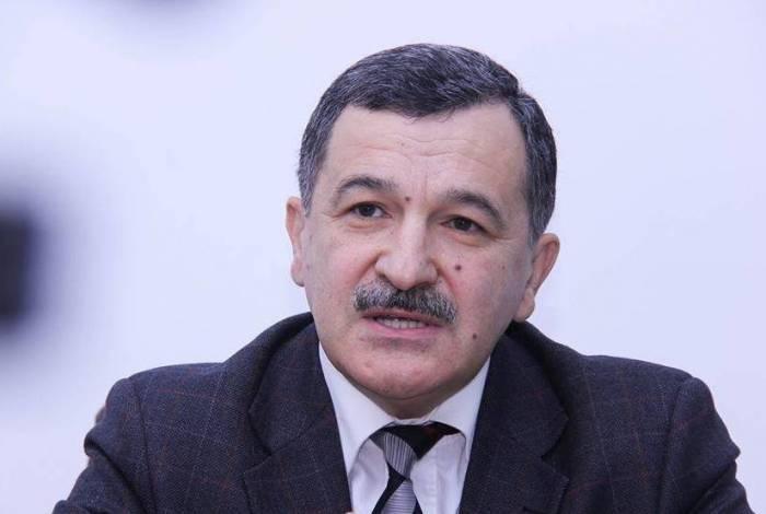 """""""Tələbələrin döyüşə göndərilməsi Ermənistanın uçurumda olduğunu göstərir"""""""
