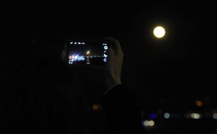 İlin ilk Ay tutulmasının görüntüləri - FOTOLAR