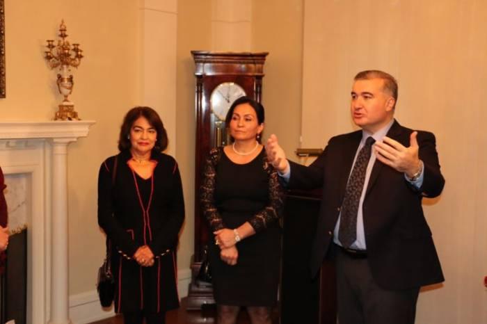 Se honra la memoria de Haydar Aliyev en Washington