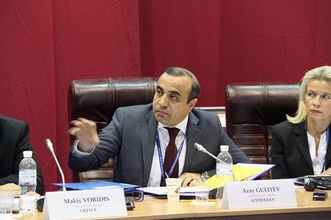 Azay Quliyev: `Vaxtında Azərbaycanı müdafiə etsəydiniz, Ukraynadakı hadisələr də olmazdı`