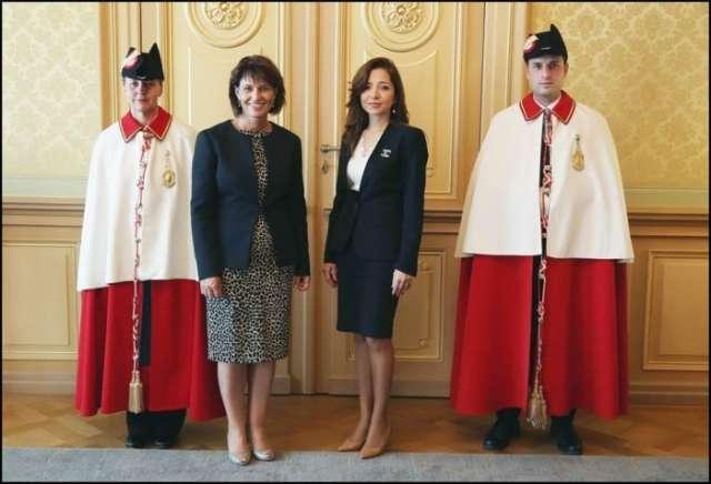 Azerbaijan's envoy to Switzerland presents credentials to Swiss president