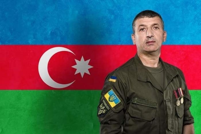 President Poroshenko awards Azerbaijani officer of Ukrainian National Guard