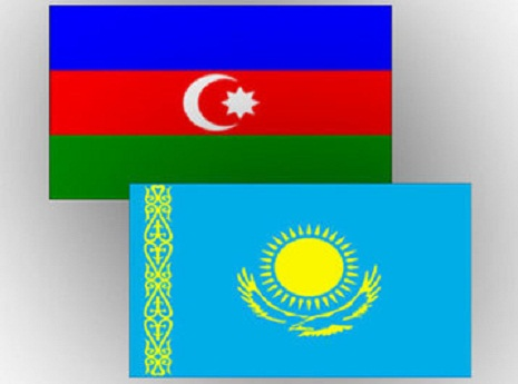 Qazaxstanla hərbi əməkdaşlıq müzakirə edilib