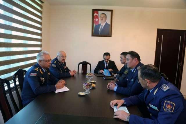 Azerbaijani, Kazakh Air Forces discuss cooperation