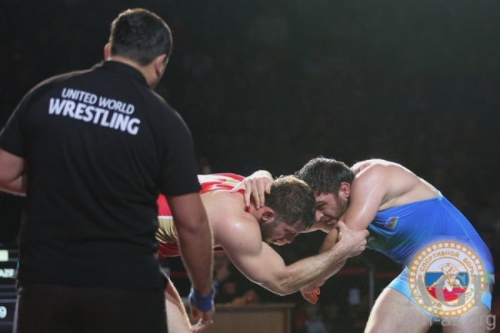 Azerbaijani freestyle wrestlers win two medals in Russia