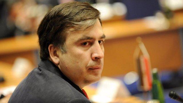`Qanuni oğru` Saakaşvilinin `Land Cruiser`ini qaçırdı