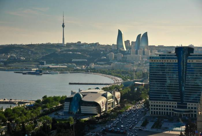 Architektur Perlen in Baku - Bilder