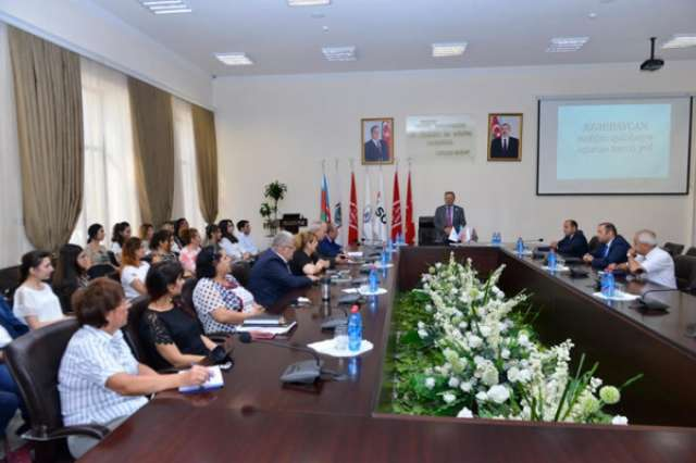 Oilmen Day celebrated at Baku Higher Oil School