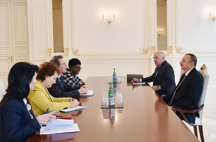 Le président Ilham Aliyev s`est entretenu avec le vice-président de la Banque mondiale