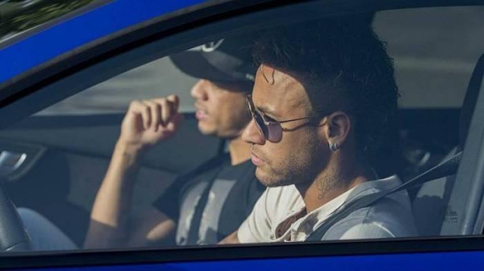 El Barcelona confirma que Neymar comunicó su marcha a sus compañeros