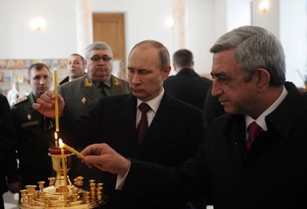 Putin Bakıya yaxınlaşır: hədəf Sarkisyanı devirməkdir