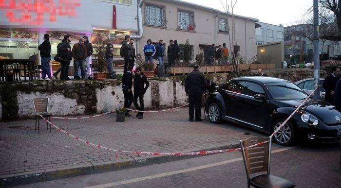 Türk restoranına silahlı hücum edilib