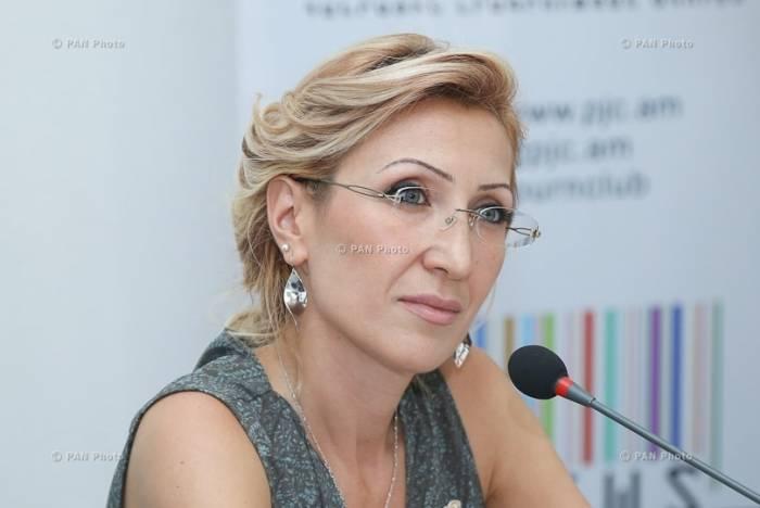 Erməni deputat xalqı Sarkisyana qarşı qaldırır