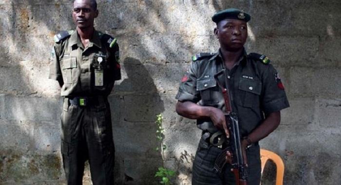 Un attentat contre une mosquée fait sept morts au Borno