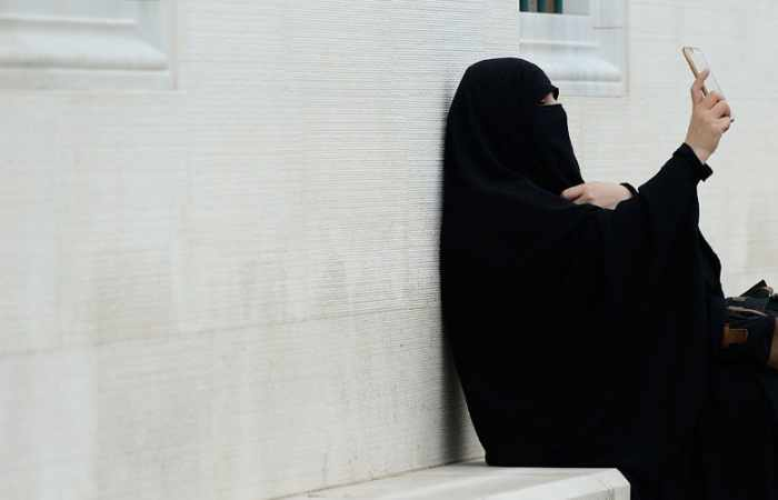 Drivers wearing face veil in Germany to be fined