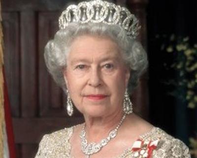 Kraliça III Dünya Müharibəsinə hazırlaşırmış - Arxiv sənədlərindən