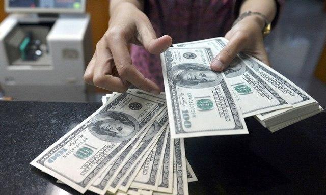 Azərbaycanda bir gündə 193 milyon dollar satıldı