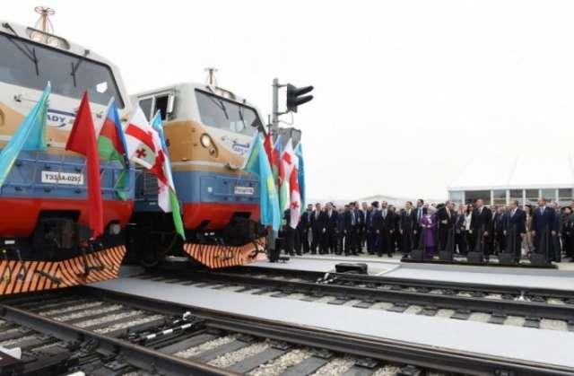 US Radio discusses strategic importance of Baku-Tbilisi-Kars railway