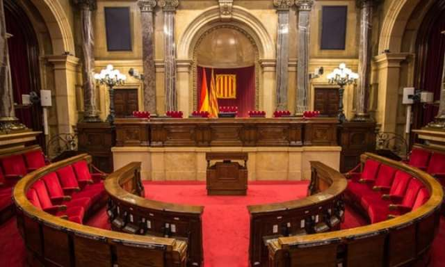 Catalonia's president to bring crisis to head in parliament