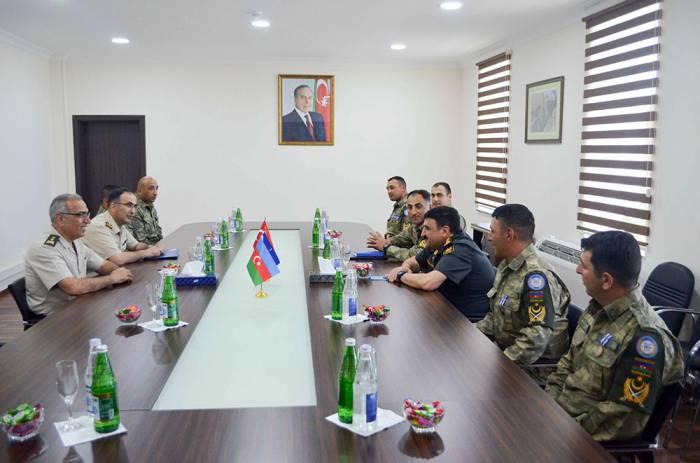Türk general azərbaycanlı hərbçilərlə görüşüb - Fotolar