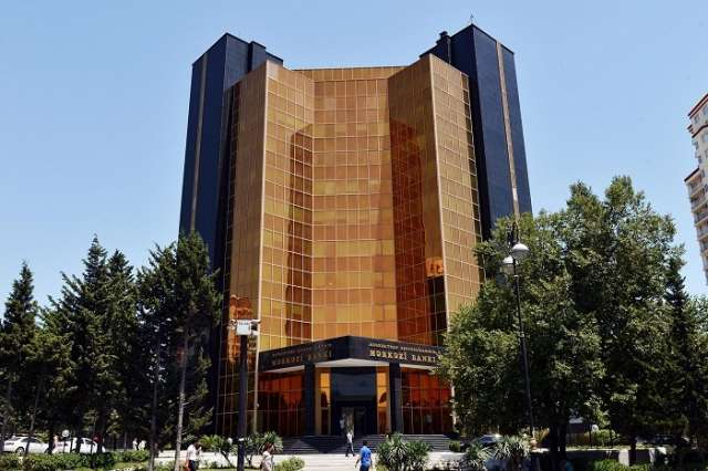 Azerbaijani Central Bank holds another currency auction