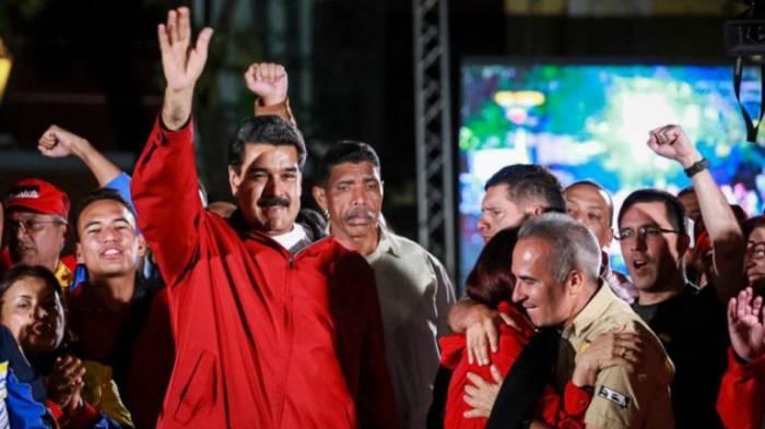 El chavismo dice haber arrasado con unos resultados que la oposición no reconoce