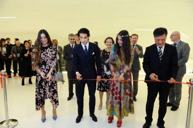 Heydar Aliyev Center hosts Chinese contemporary art exhibition - PHOTOS