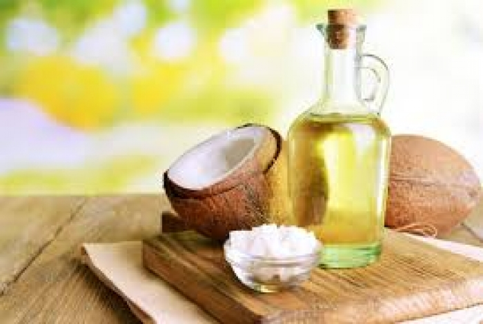 5 popular claims about coconut oil broken down by science