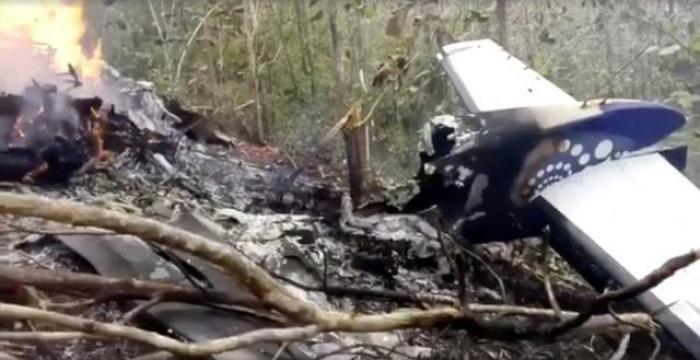 Costa Rican plane crash kills 12, including 10 U.S. citizens