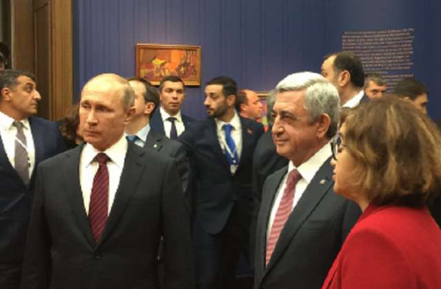 """Putin Sarkisyana """"İblis""""i hədiyyə etdi - FOTO"""