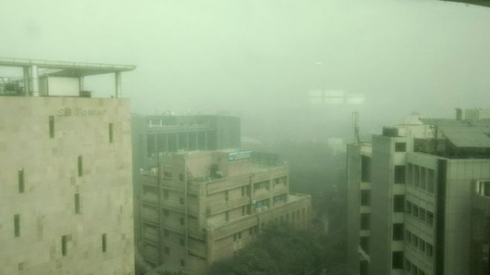 Delhi residents panic as 'deadly smog' returns