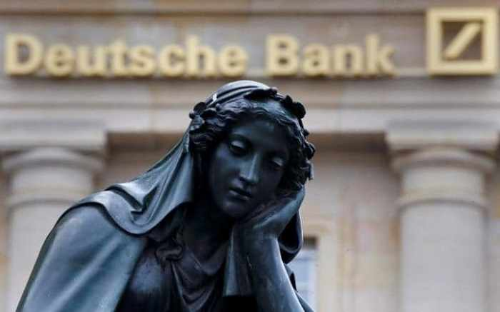 German police raid Deutsche Bank HQ in money laundering probe