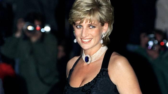 Les 5 théories qui entourent la mort de la princesse Diana