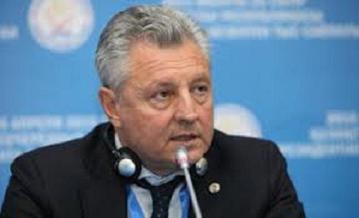 Sergio Divina: «Notre participation ici est une protestation contre la résolution adoptée par le Parlement européen»
