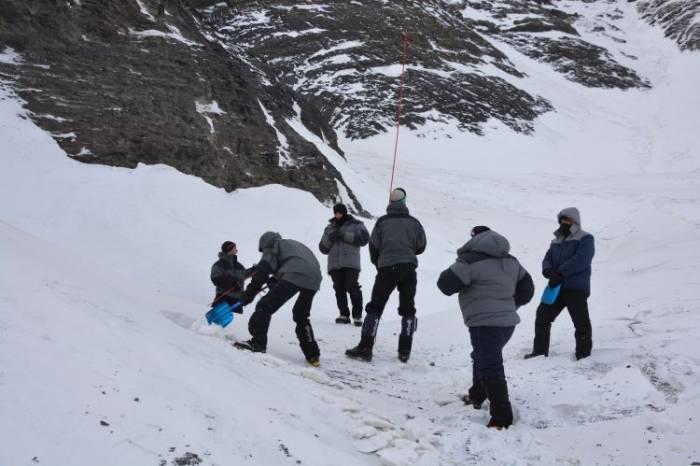 Alpinistlərin axtarışı bu gün də nəticəsiz qaldı - FOTOLAR