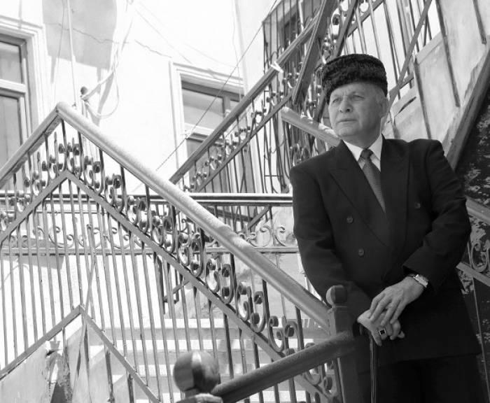 """74 yaşlı xalq artisti: """"O illər ürəyimin simini tərpədir"""""""